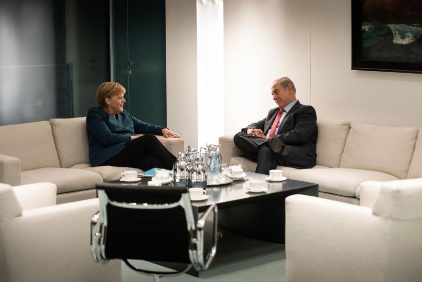 """10 bức ảnh tiết lộ lý do bà Merkel trở thành """"nhân vật của năm 2015"""" 9"""