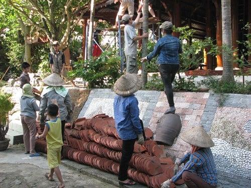 Cận cảnh tháo dỡ biệt phủ 100 tỷ của đại gia vàng ở Đà Nẵng 5