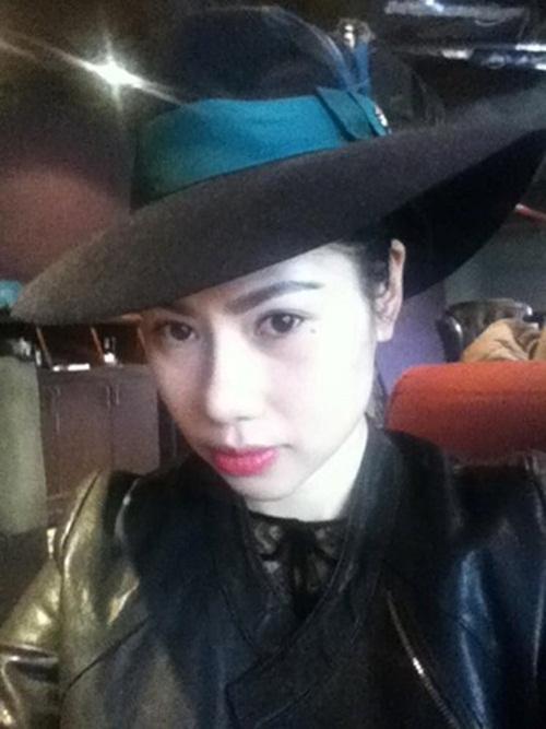 Nhan sắc xinh đẹp của bạn gái Tùng Dương 3