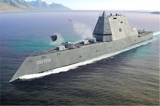 Quái vật tàng hình của hải quân Mỹ lần đầu tiên 'bơi' ngoài biển 2