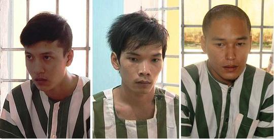 Rà mìn, dựng bạt khu vực xét xử vụ sát hại 6 người ở Bình Phước 1