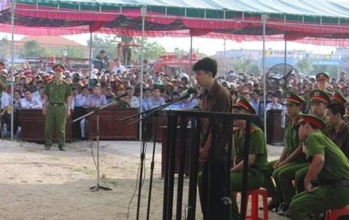 Video: Nguyễn Hải Dương trả lời trước tòa: 'Tôi giết 6 người'! 1