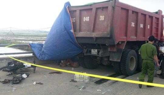 Nữ sinh viên bị xe ben cán tử vong trên đường đi thi về 1