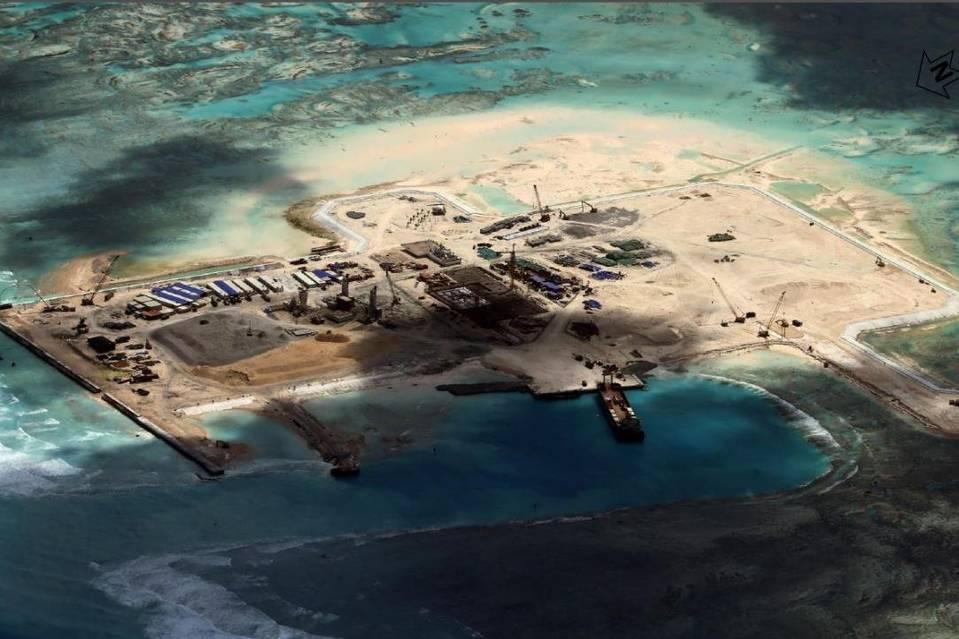 B-52 của Mỹ 'bay lạc' vào khu vực đảo nhân tạo của Trung Quốc 3