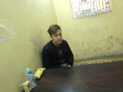 Cảnh sát đột kích quán bar giữa Thủ đô, phát hiện sinh viên bán ma túy 3