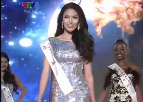 Lan Khuê khóc cạn nước mắt khi bị 'chơi xấu' tại Hoa hậu thế giới 1