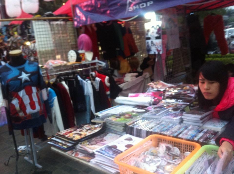 Chùm ảnh: 'Lễ hội tuyết' Hà Nội mở đầu mùa Giáng sinh 2015 5