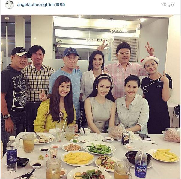 Facebook sao Việt: Thu Minh khoe dáng 'cạnh tranh' với Hoa hậu Hoàn vũ 5