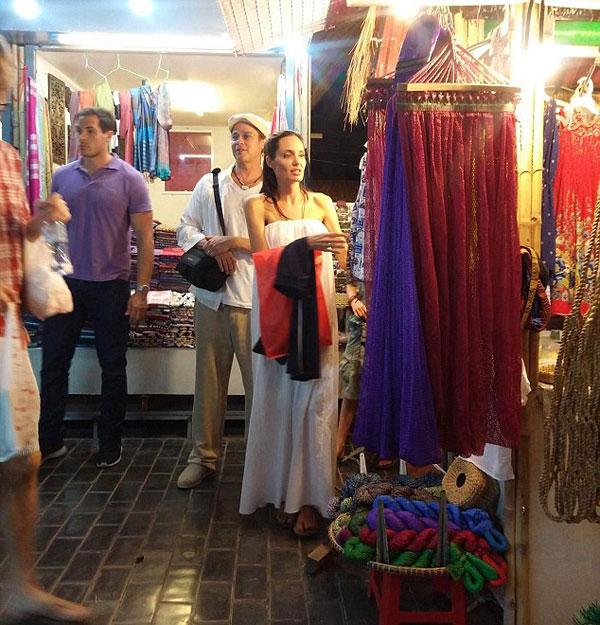 Xôn xao tin vợ chồng Brad Pitt và Angela Jolie đến Hà Nội 1