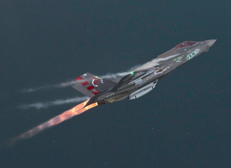 15 hình ảnh đẹp nhất của F-35 trong năm 2015 2