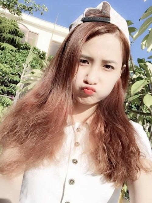 Cô gái dân tộc Mông gây sốt mạng vì quá xinh đẹp 5