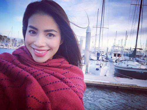 Phạm Hương tận hưởng không khí Giáng sinh tại Mỹ sau HHHV 1