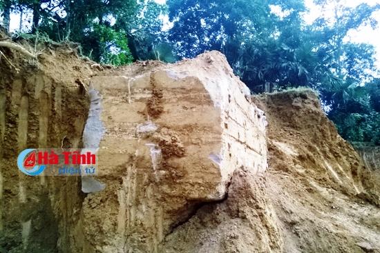 Phát hiện ngôi mộ cổ hàng trăm năm nghi có chứa kho báu ở Hà Tĩnh 1