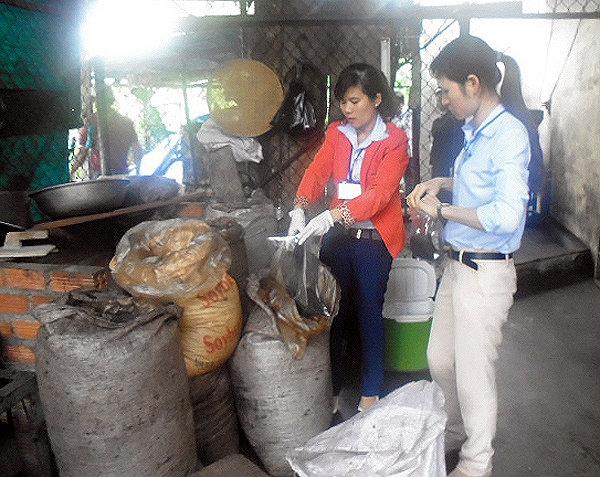 Hình ảnh Đột kích cơ sở chế biến cà phê bẩn tại Nha Trang số 1