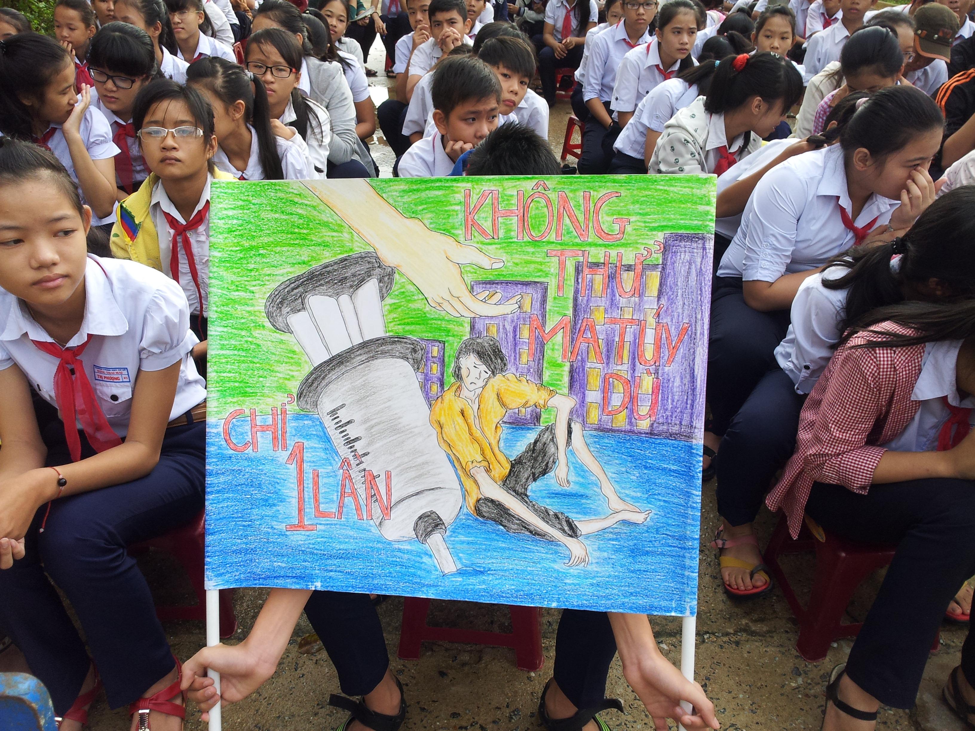 Kỹ năng giúp học sinh, sinh viên tránh xa tệ nạn học đường       1