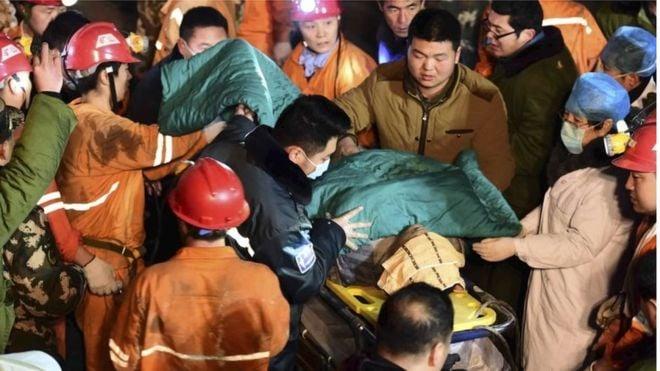 Chủ mỏ thạch cao bị sập Trung Quốc nhảy giếng tự tử 1