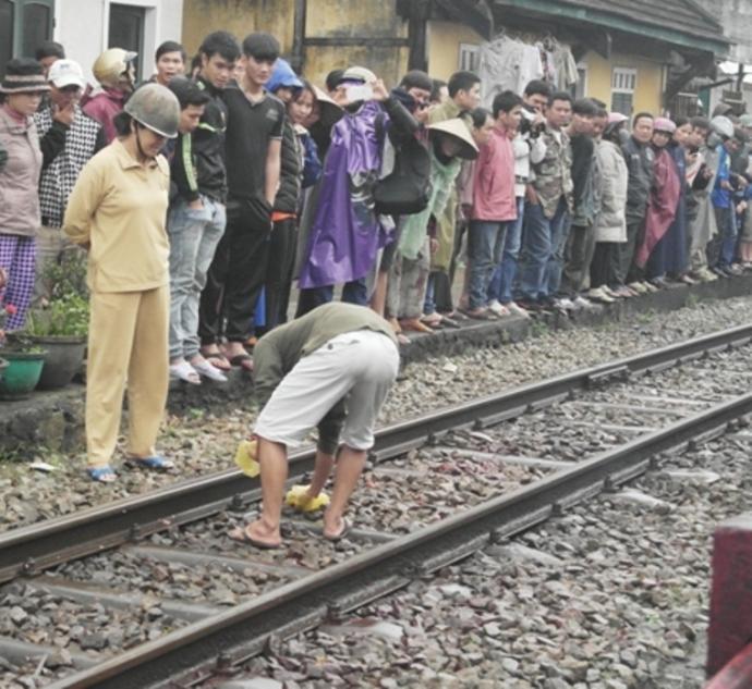 Hình ảnh Cám cảnh cử nhân tự tử vì thất nghiệp số 1