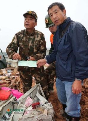 Hình ảnh Đào được 6,4 tỷ trong nhiều két sắt sau vụ lở đất ở Trung Quốc số 1