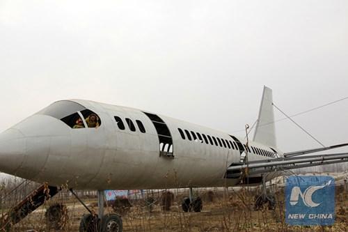 Lão nông chi hơn nửa tỷ tự chế máy bay Boeing 737 'khủng' 3