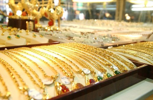 Giá vàng hôm nay 30/12: Vàng SJC giảm 100.000 đồng/lượng 1