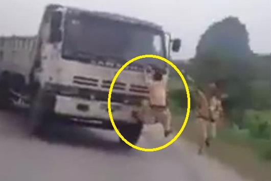 Xác minh clip xe tải đâm thẳng CSGT Quảng Ninh 1