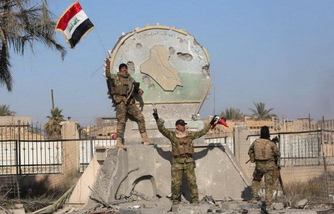 Hình ảnh Giải phóng Ramadi, Iraq bắt được Bộ trưởng Tài chính IS số 1