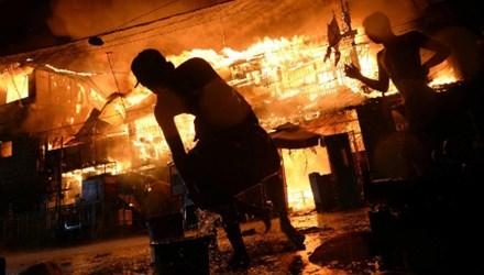 Hình ảnh Philippines: Hàng trăm người bị thương do pháo dịp năm mới số 1