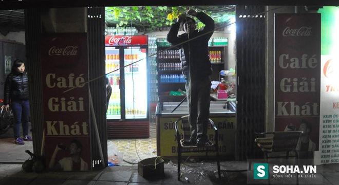 Hà Nội: Thanh niên nghi ngáo đá chạy vào quán cà phê tự cứa cổ 3