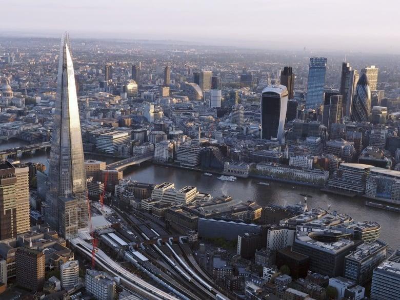 Hình ảnh Dự báo đáng sợ của Anh về thế giới năm 2035 số 1