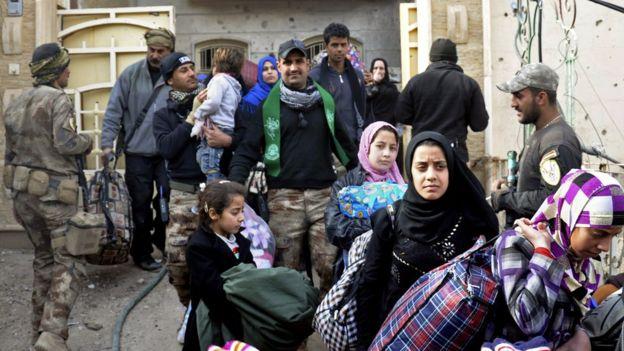 IS phản công dữ dội mong chiếm lại Ramadi 1