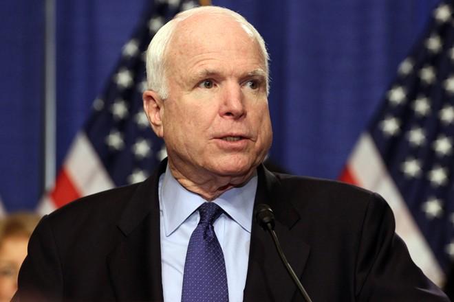 John McCain chỉ trích Obama khi hoãn tuần tra Biển Đông 1