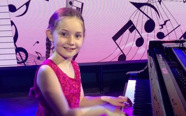 Nữ sinh 10 tuổi viết được vở opera hoàn chỉnh 1