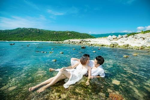 Vân Trang khoe ảnh cưới lãng mạn trên biển 1