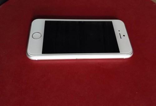Lộ diện thực tế rõ nét trên tay mẫu iPhone 6C 1