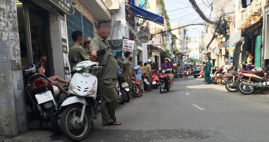 Hàng trăm cảnh sát bao vây, bắt trùm ma túy ở Sài Gòn 1