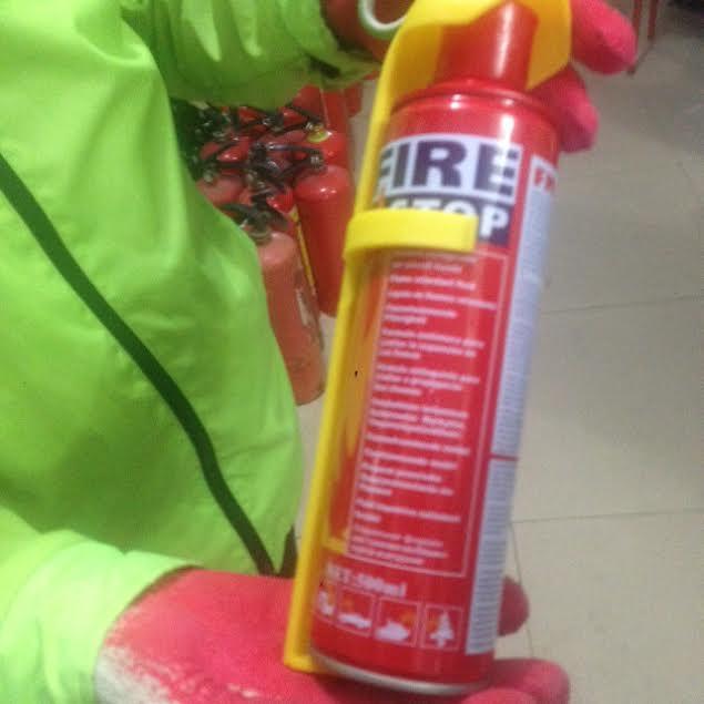 Bình chữa cháy mini: Cốt đẩy hàng, người bán hướng dẫn 'láo' 1
