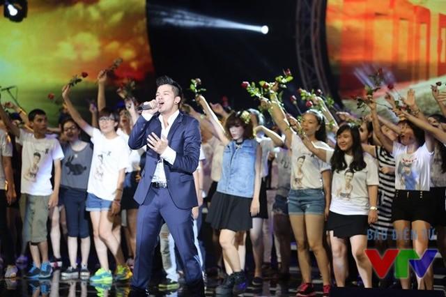 Bài hát yêu thích tháng 1: Hoài Lâm có cơ hội đạt được danh hiệu cao quý của BHYT 3