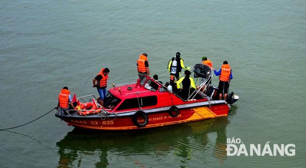 Người Trung Quốc bị bắn chết ở Đà Nẵng: Công an lặn tìm khẩu súng 1