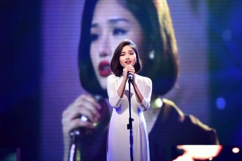 Khánh Thi, Phan Hiển tình tứ trên sóng truyền hình 5