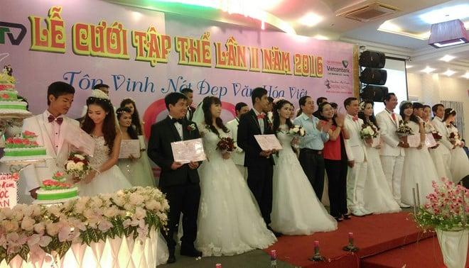 Tổ chức đám cưới tập thể cho 17 cặp vợ chồng ở Sóc Trăng
