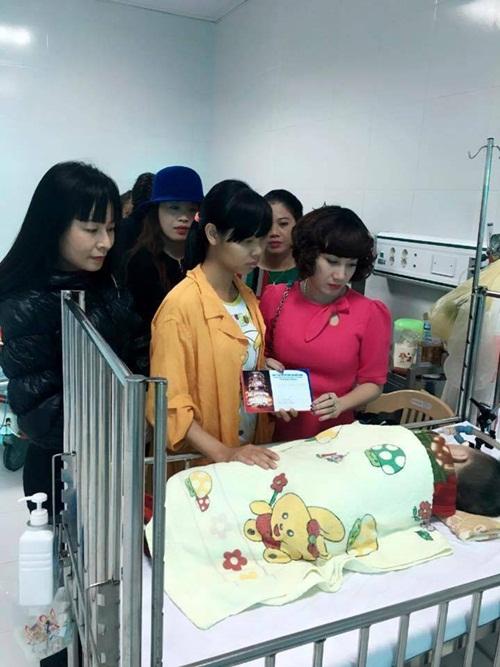 Vợ nữ đại Thái Bình chi tiền tỷ mời 50 ca sĩ hát sinh nhật lên tiếng 8