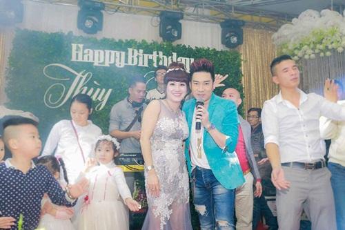 Vợ nữ đại Thái Bình chi tiền tỷ mời 50 ca sĩ hát sinh nhật lên tiếng 2