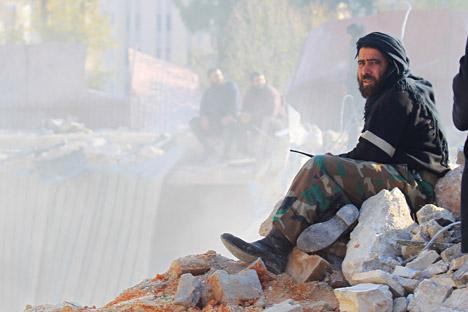 """Trung Quốc """"tọa sơn quan hổ đấu' tại Syria 1"""