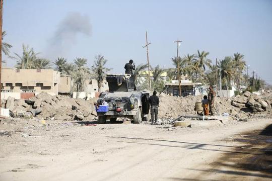 Thiệt hại nặng về tài chính, IS cắt giảm 50\% lương của chiến binh 1