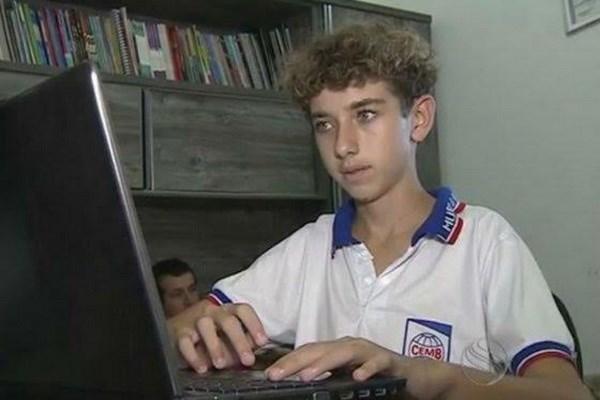 Nam sinh 14 tuổi trở thành sinh viên y khoa trẻ nhất Brazil 1