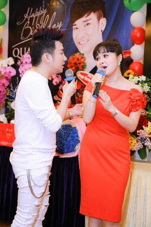 Ca sĩ Quang Hà tổ chức tiệc sinh nhật hoành tráng 6