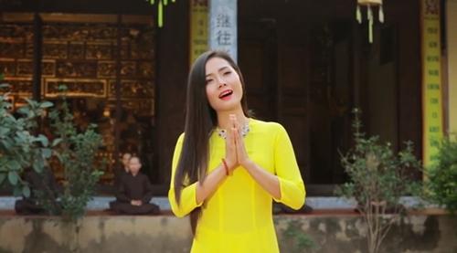 Lương Nguyệt Anh tung MV sáng tác đầu tay