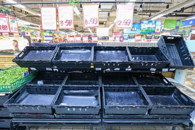 Siêu thị Trung Quốc trống trơn vì dân vét sạch đồ trước đợt rét kỷ lục 3