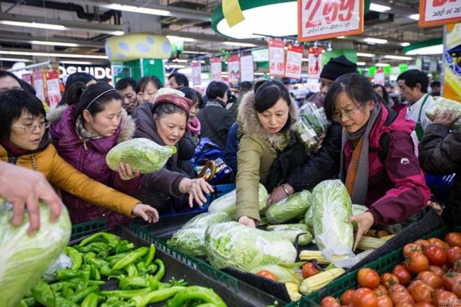 Siêu thị Trung Quốc trống trơn vì dân vét sạch đồ trước đợt rét kỷ lục 6