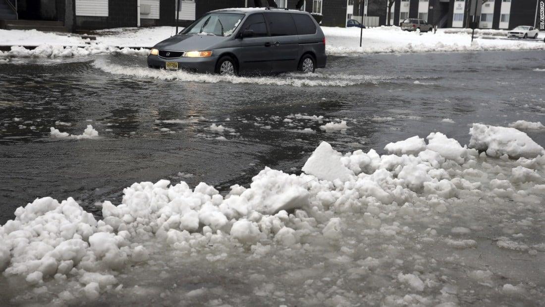 Bão tuyết tấn công nước Mỹ: 19 người thiệt mạng 6